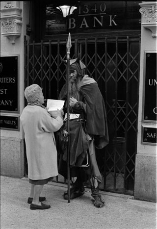 Moondog in front of the Underwriters Trust Company, 1340 - Sixth Ave?