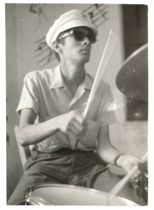 Johnny Carr rehearsing with The Loubogg, Blueberry Hill, Spetses, July 1966
