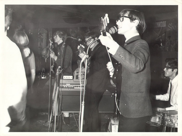 The Zoo at the Whiskey a Go Go, Athens, late January 1966 From left: Nick Jameson, George Alexander, Paul Velletri, Johnny Carr. The blonde girl seen vaguely on the left is probably Jane Steen.