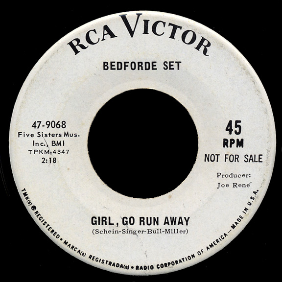 Bedforde Set RCA Victor 45 Girl Go Run Away