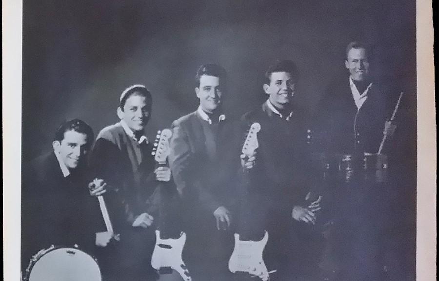 The Huntsmen - picture sleeve courtesy of Jim Wilson