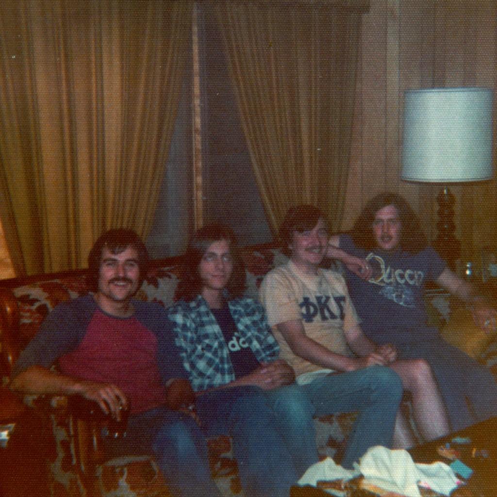 IV Pak Photo, 1973