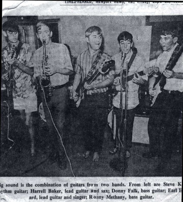 members of the Del Notes jam with another group