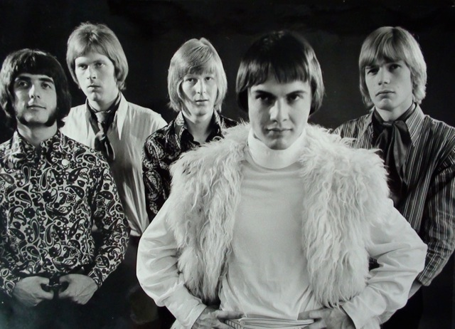 Magic Roundabout, 1968. Left to right: Roger Flavell, John Elliott, John Chinnery, Miki Anthony and Lindsey Bex. Photo credit: John Chinnery